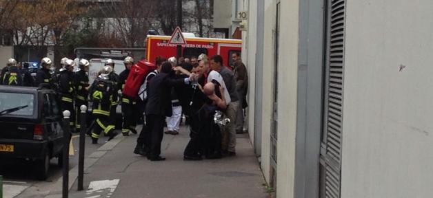 Une fusillade à Charlie Hebdo fait plusieurs victimes, dont Cabu et Charb