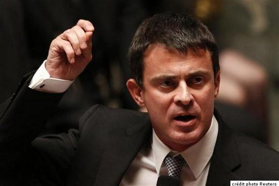« Islamo-fascisme » : Manuel Valls persiste dans la stigmatisation