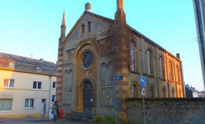 La synagogue d'Arlon, inaugurée en 1865, est la plus vieille de Belgique.
