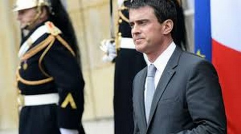 Voile à l'université : Manuel Valls dit non à l'interdiction