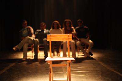 Zawaya, de Hassan El Geretly, l'un des spectacles programmés dans le cadre de D)rôles de printemps !, au Tarmac. (photo : © Tamer Eissa)