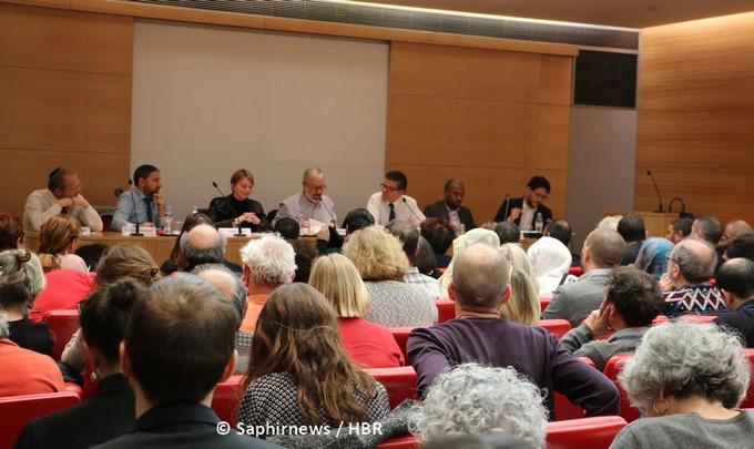 Une journée de débats autour du dialogue entre juifs et musulmans a été organisée au Sénat le 12 mars par Jean-Christophe Attias et Esther Benbassa.