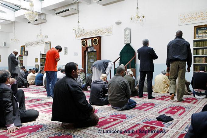 Islam : représenter ou servir le culte ?