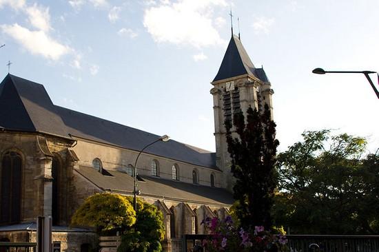 Le CFCM condamne la tentative d'attentat contre deux églises en Ile-de-France