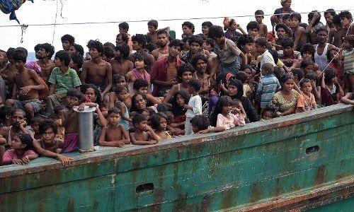 Calvaire en mer des Rohingyas : la Malaisie et l'Indonésie réagissent enfin