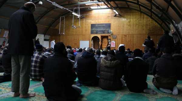 Une mosquée parisienne visée par un incendie