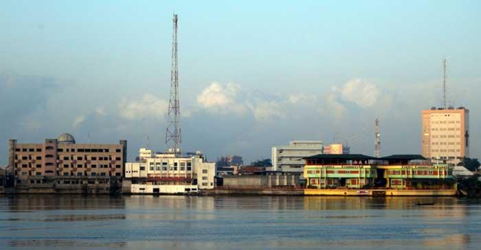 Cotonou, la plus grande ville du Bénin (qui portait autrefois le nom de Dahomey), est la capitale de la culture islamique pour la région Afrique en 2015.