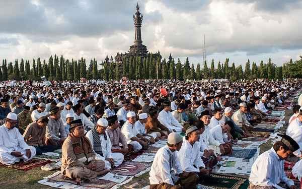 Aïd al-Fitr 2015 : l'Indonésie décrète la fin du Ramadan