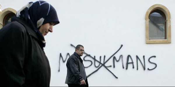 Après-Charlie, une hausse de 281 % des actes islamophobes