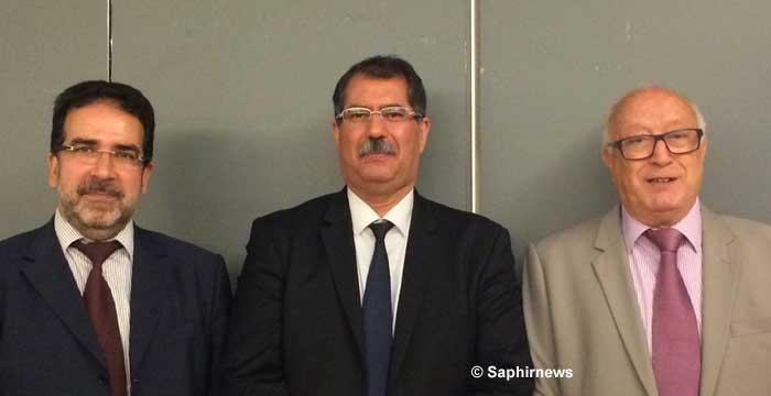 Durant son mandat 2015-2017, le nouveau bureau du Conseil français du culte musulman espère redorer le blason de l'institution. De g. à dr. : Taoufiq Sebti, vice-président ; Anouar Kbibech, président ; Abdallah Zekri, secrétaire général. (Photo : © Saphirnews)