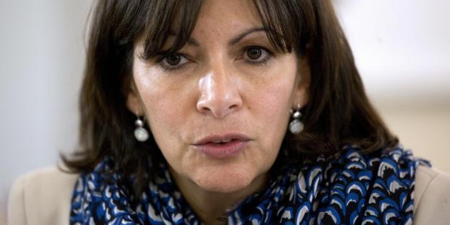 Anne Hidalgo, la maire de Paris, maintient Tel Aviv sur Seine et justifie sa position.