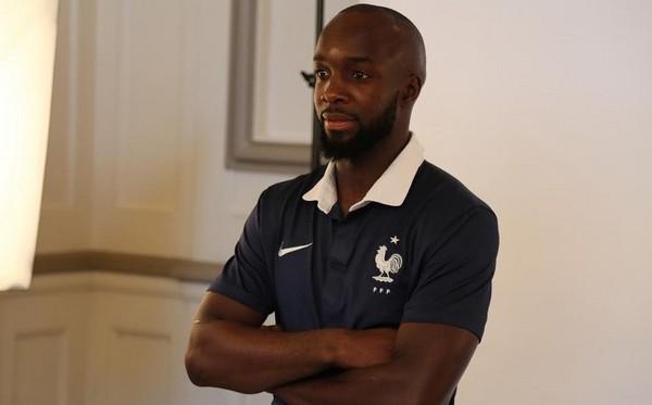 Un membre de la famille de Lassana Diarra, joueur de l'équipe de France, a été tué lors des attentats de Paris vendredi 13 novembre.