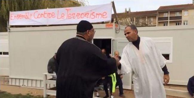 Les musulmans d'Auch solidaires des victimes du terrorisme (vidéo)