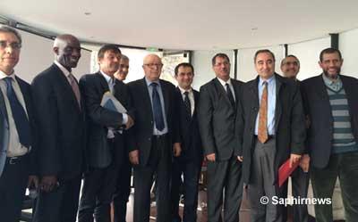 Les dirigeants du CFCM réunis, le 28 octobre 2015, autour de François Clavairoly, président de la CRCF, et de Nicolas Hulot, pour lancer en France la Déclaration islamique pour le changement climatique.