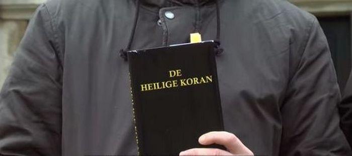 Choqués par des extraits de la Bible qu'ils prennent pour le Coran (vidéo)