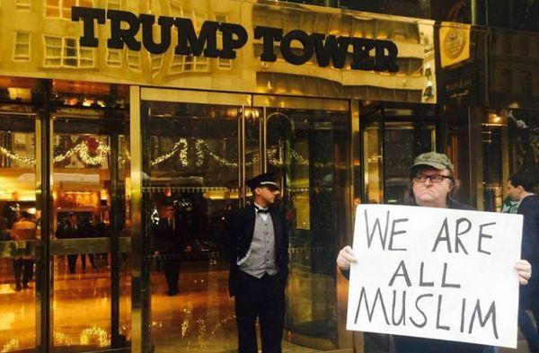 Michael Moore contre Donald Trump : « Nous sommes tous musulmans »