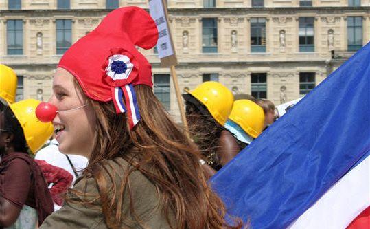 Bonnet phrygien vs hijab, l'intégration selon Nadia Hamour