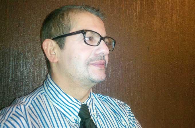 Kamel Meziti, historien, auteur du « Dictionnaire de l'islamophobie » (Bayard, 2013) et co-auteur de « Les Fêtes de Dieu, Yahweh, Allah » (Bayard, 2011).