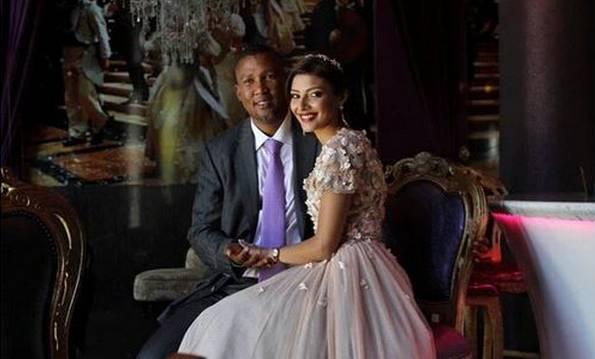 La conversion à l'islam de Mandla Mandela, le petit fils de Nelson Mandela, annoncée de son mariage avec une musulmane le 6 février, crée des remous en Afrique du Sud.