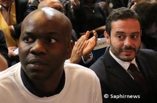Georges Tchantchuing, frère de Moussa, aux côtés du député de Seine-Saint-Denis Razzy Hammadi.