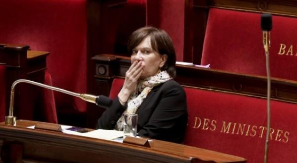 A Laurence Rossignol : Pour que cesse la chasse aux femmes voilées en France !