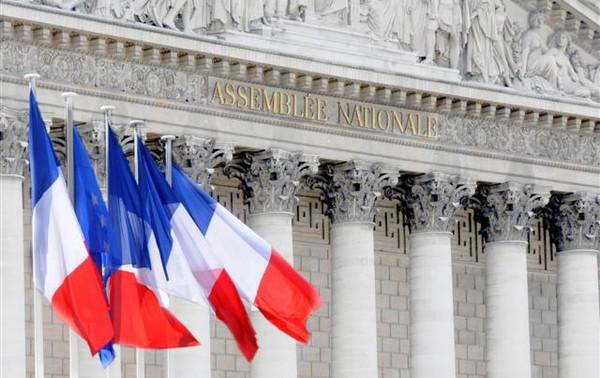 En finir avec la démocratie française