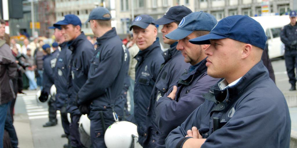 Belgique : les policiers musulmans adressent une lettre ouverte à Jan Jambon