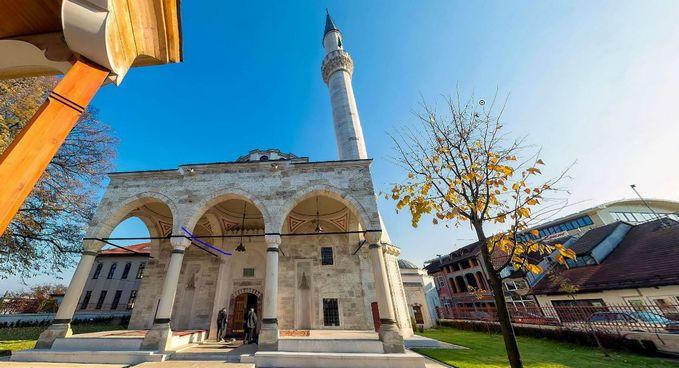 Bosnie : une mosquée dynamitée lors de la guerre inaugurée en grande pompe