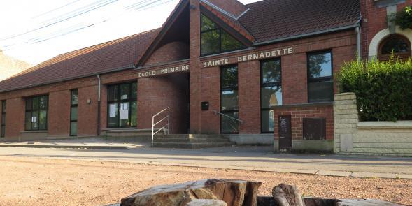Roubaix : une manifestation contre le racisme dans une école catholique