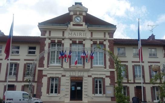 Mantes-la-Ville : l'ex-majorité PS suspecté d'avoir fiché les musulmans