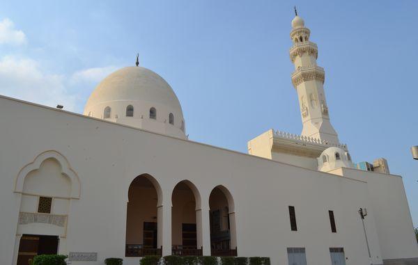 La mosquée du Roi Saud, la plus grande de Jaddah, fait partie des quatre mosquées de la ville saoudienne à ouvrir désormais ses portes aux non-musulmans.