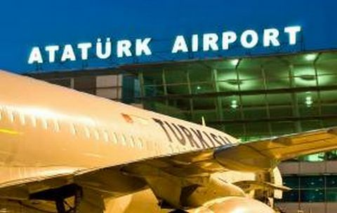 Istanbul : 44 morts dans des attentats à l'aéroport Atatürk
