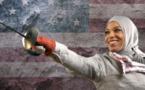 Etats-Unis : Ibtihaj Muhammad raconte l'humiliation du contrôle au faciès à la douane