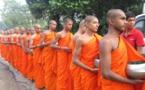 Au Sri Lanka, des moines bouddhistes solidaires des victimes musulmanes