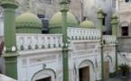 Pakistan : une mosquée historique des Ahmadis attaquée et détruite en plein Ramadan