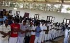 Inondations en Inde : un temple hindou ouvre ses portes aux musulmans pour la prière de l'Aïd