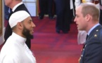 Un imam, salué en héros après l'attaque d'une mosquée de Londres, décoré de l'Ordre de l'Empire britannique (vidéo)