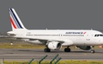 Expulsions de sans-papiers : après les gilets jaunes, les gilets noirs contre Air France