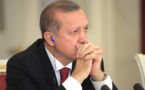 Face à la Une de Charlie Hebdo caricaturant Erdogan, la colère noire de la Turquie