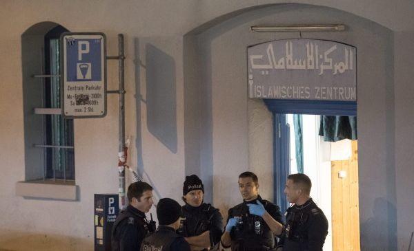 Attaque de la mosquée de Zurich : les motivations obscures du tireur