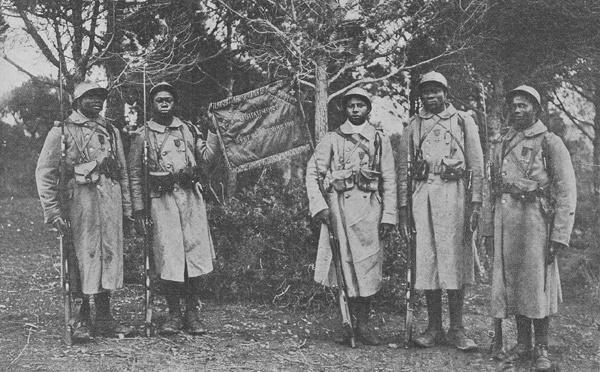 Les tirailleurs sénégalais, la longue bataille pour la reconnaissance (vidéo)