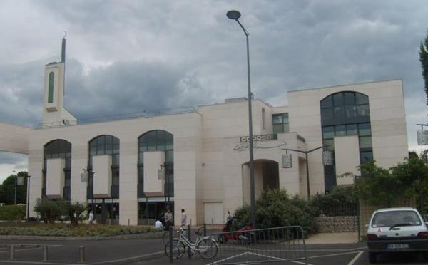 Attaque de la mosquée de Créteil : recours déposé pour faire reconnaître le caractère terroriste