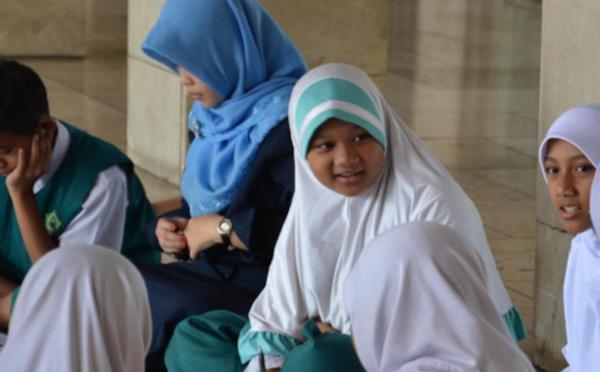 En Indonésie, derrière la question du voile, des violences méconnues
