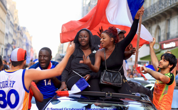 La victoire de l'équipe de France : au-delà d'un bon souvenir de vacances