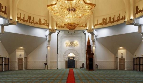 Depuis la Grande Mosquée de Lyon, le Conseil des mosquées du Rhône institué