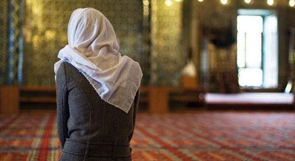 Ismahen : « Le voile est-il vraiment une injonction divine ? »