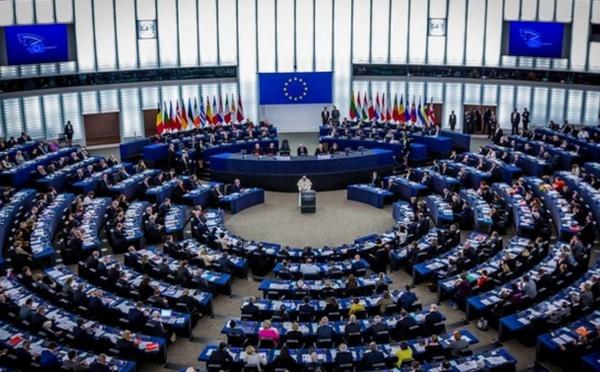 Elections européennes : les listes d'extrême droite et les Verts mettent fin au bipartisme