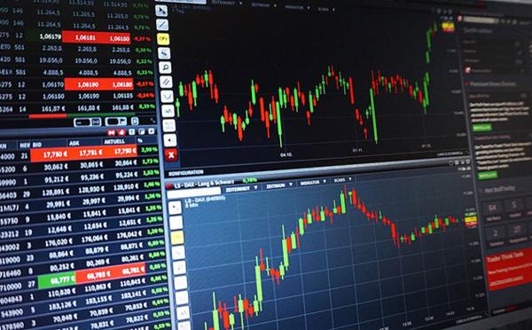Fin 2011-Perspective 2012 : la crise économique fait couler l'encre