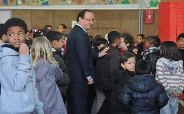 La jeunesse : une priorité délicate pour François Hollande