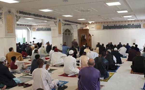 De rares rassemblements organisés par des mosquées en France pour la prière de l'Aïd el-Fitr 2020
